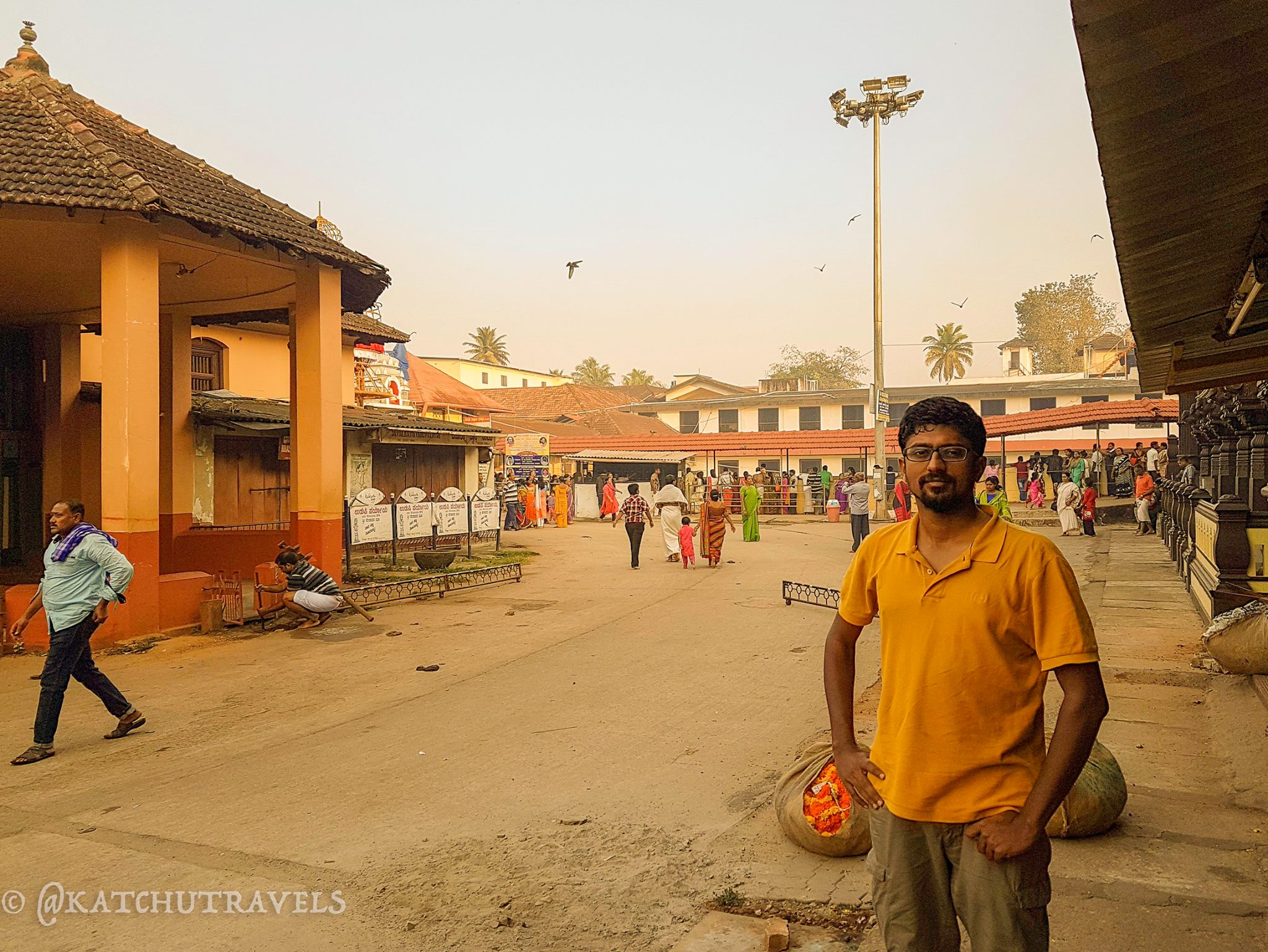 Kartik Kannan starting his trip at the Udupi Sri Krishna Temple