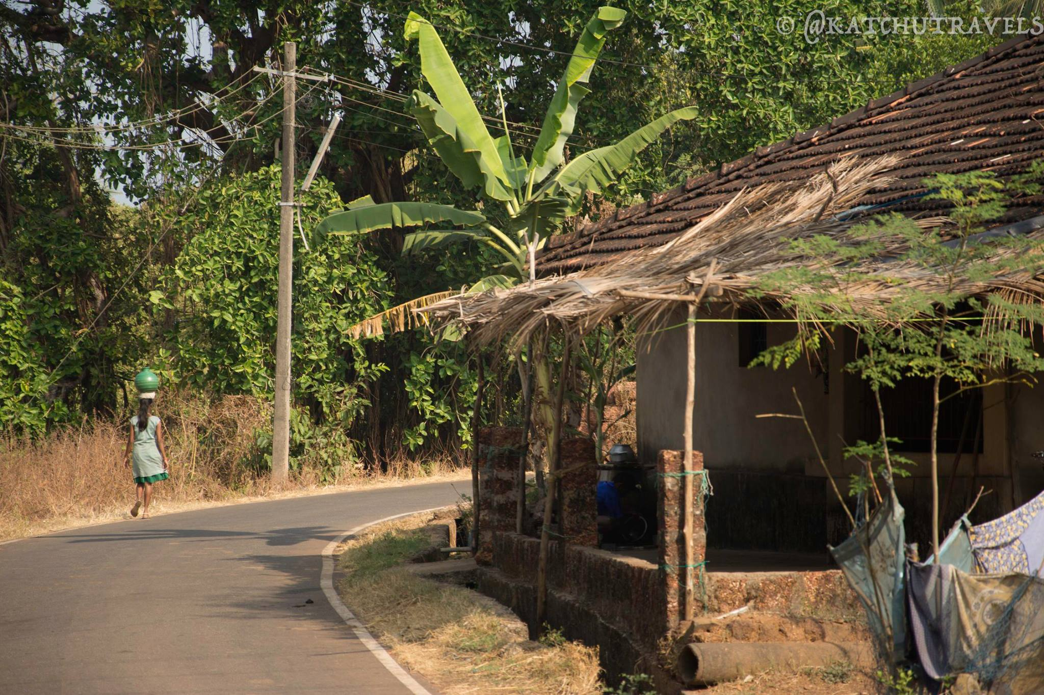 The slow and idyllic pace of life in South Goa's villages near Cabo De Rama [South India-Goa]