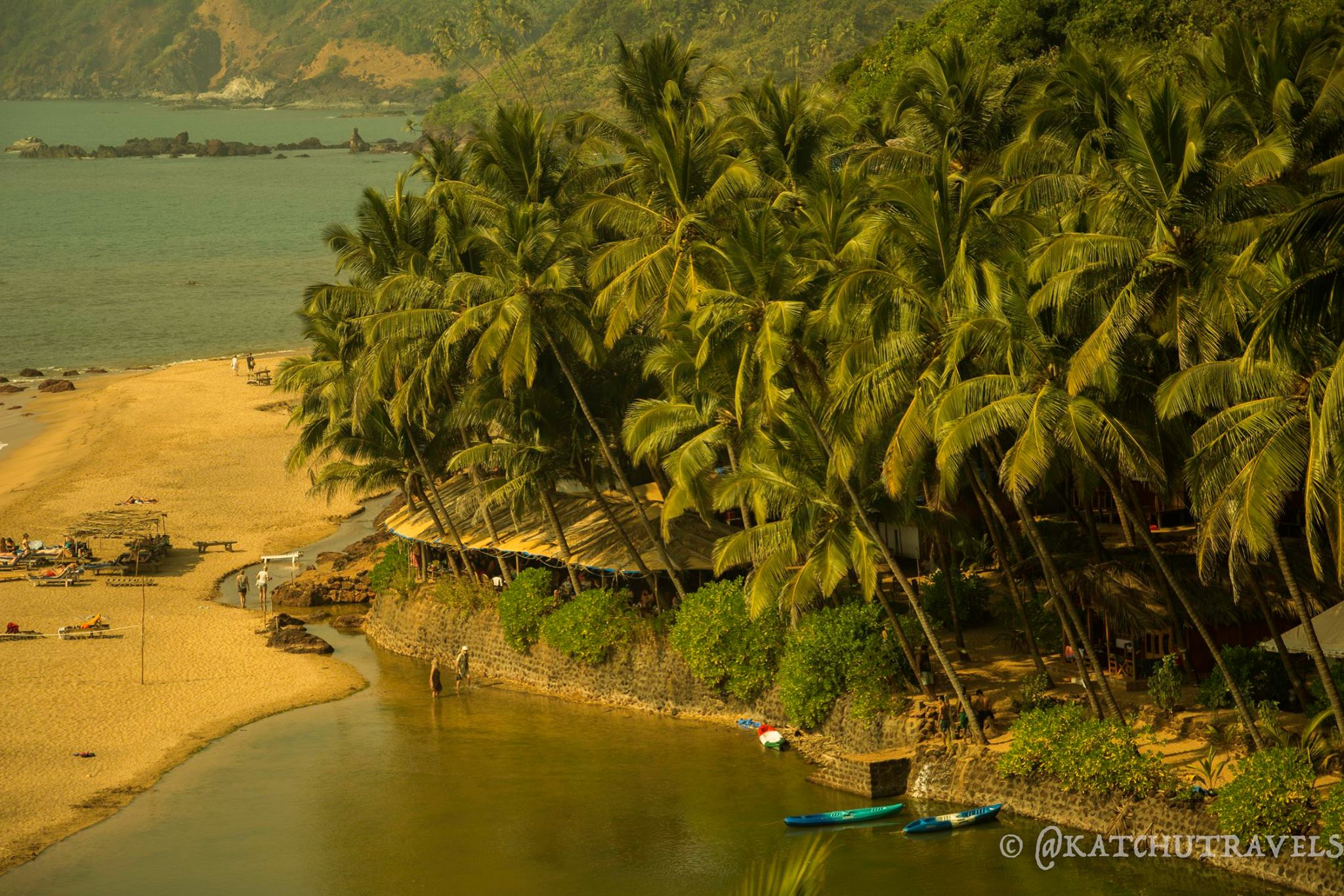 I feel like jumping right into the lagoon! [Cola beach in South Goa-India]