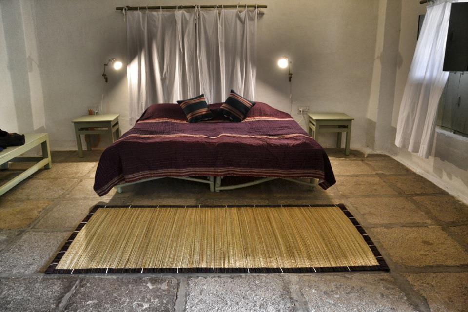 The comfortable beds of Uramma Heritage Homes-Anegondi-Hampi