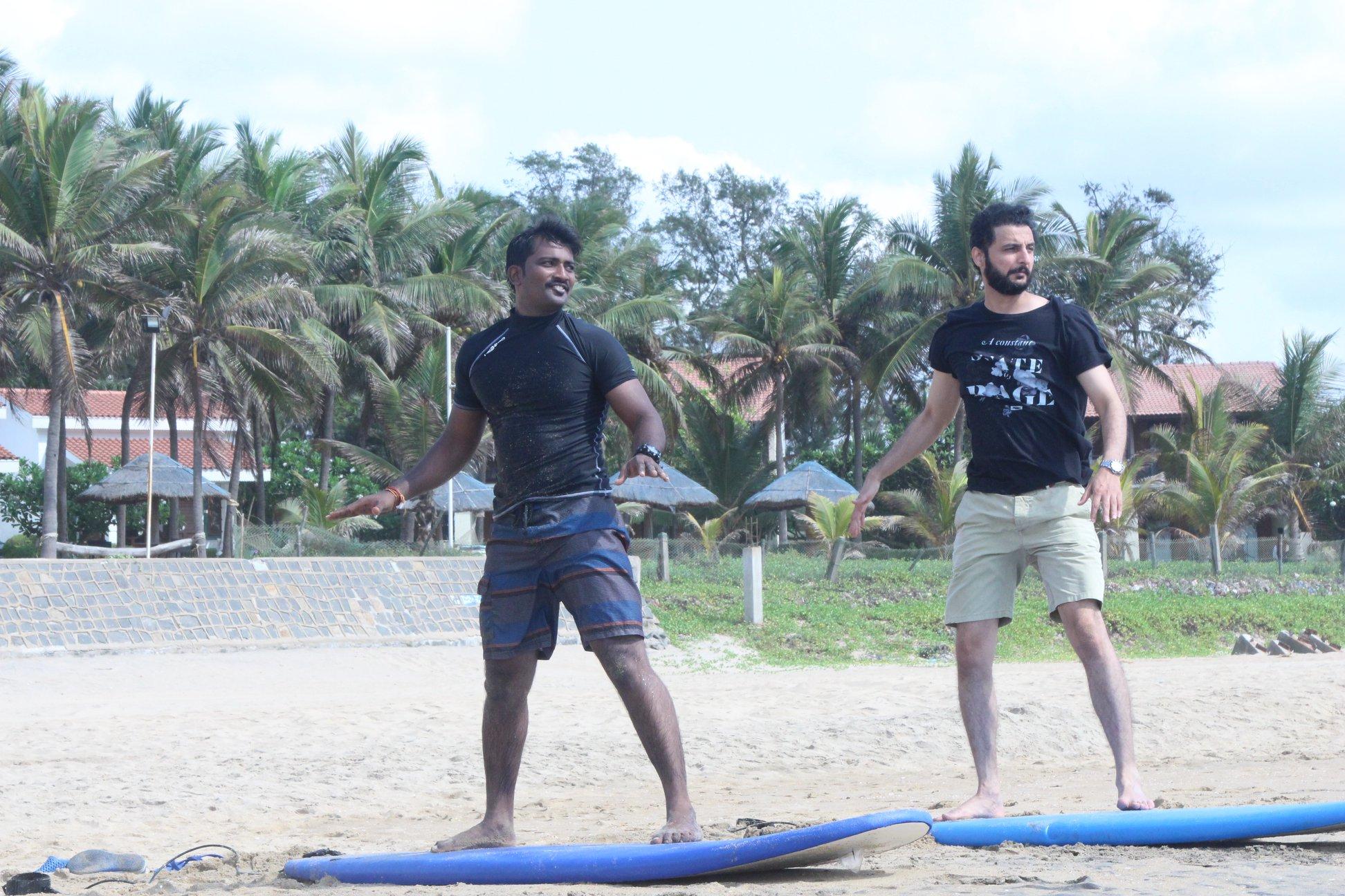 Basic Surfing Lessons in Mahabalipuram